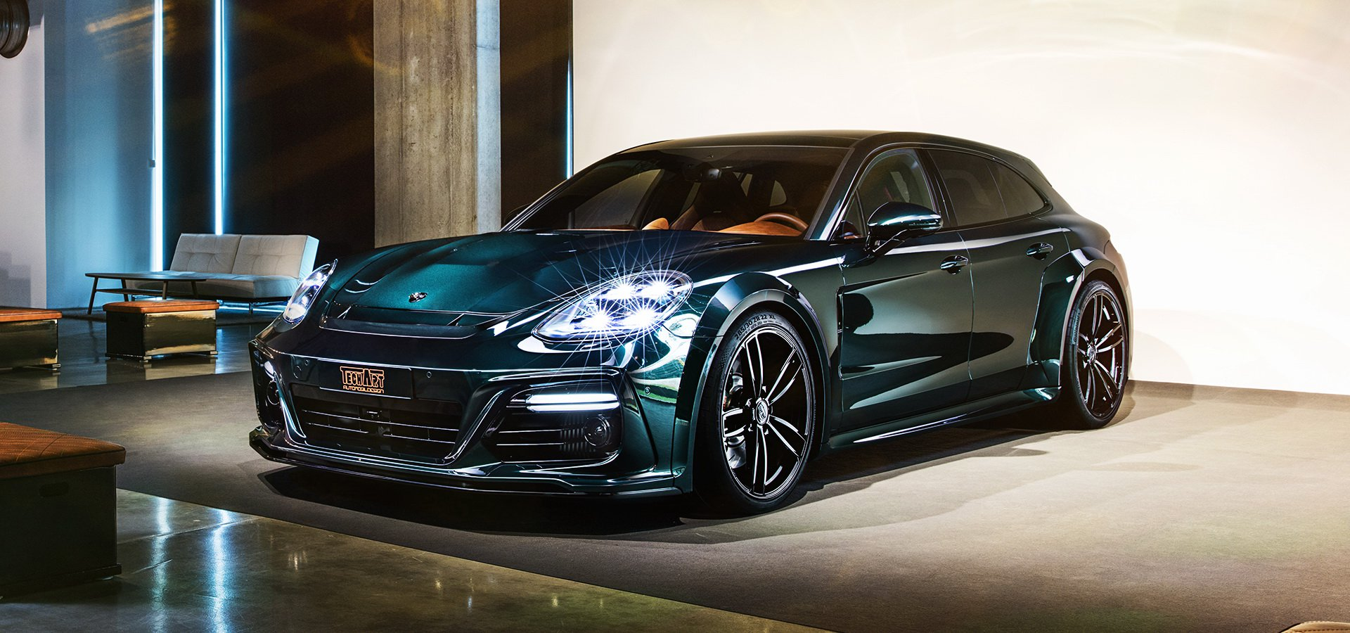 A while ago, two renowned tuners – TechArt and Mansory – have released custom tuning kits for the Porsche Panamera Sport Turismo