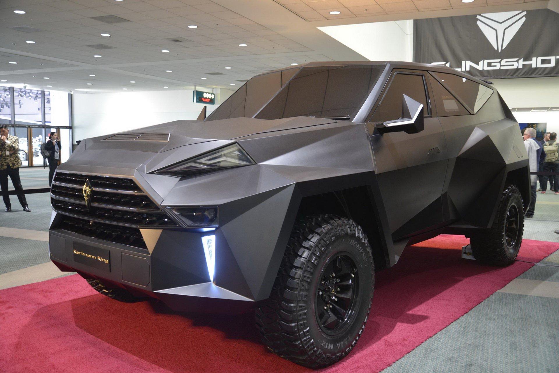 """Das chinesische Autotuning-Unternehmen IAT hat wohl die weltweit verrückteste Version des Ford F-550-Pickups – namens """"Karlmann King"""" – herausgebracht"""