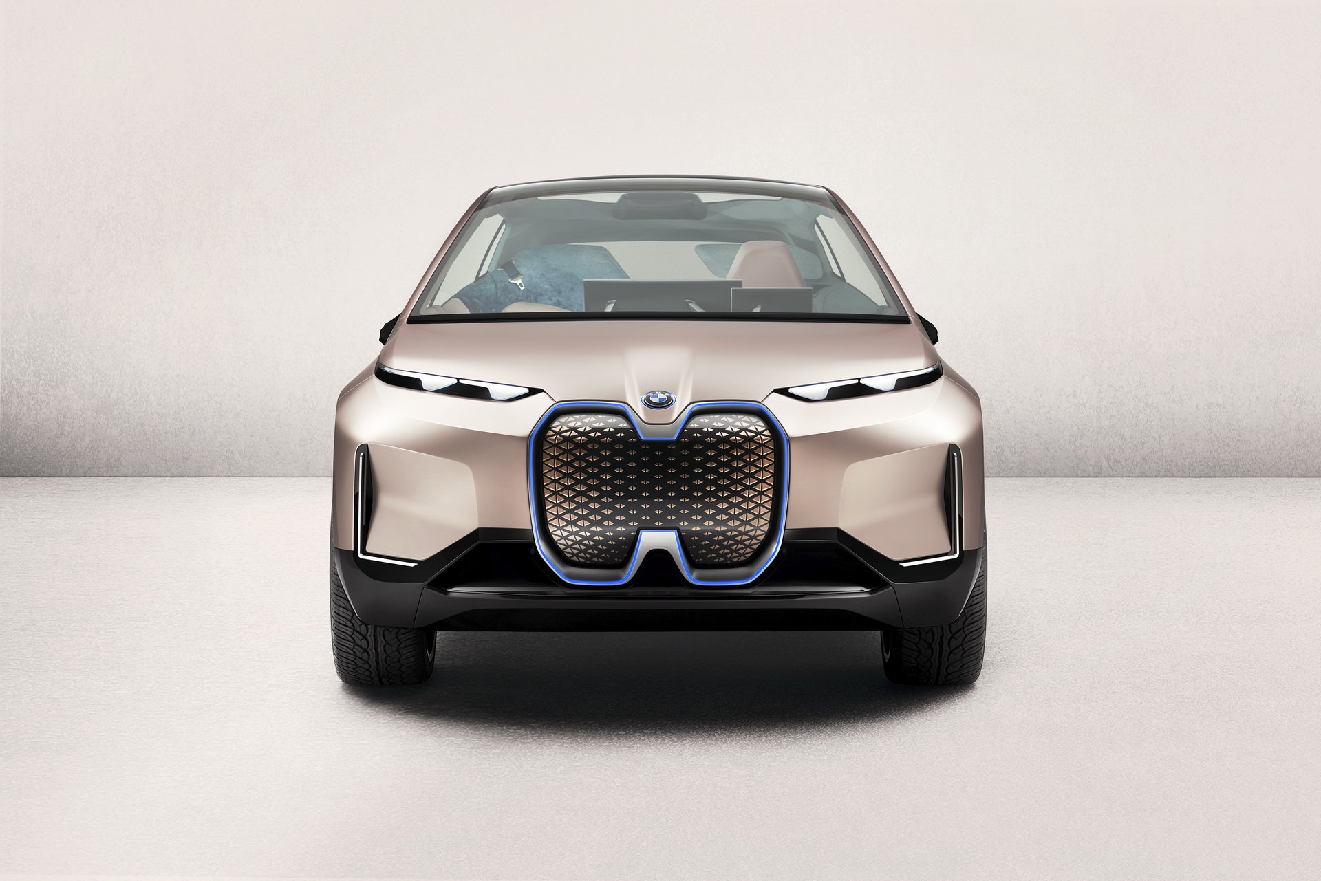 BMW Chief Designer Adrian van Hooydonk said during the recently concluded Los-Angeles Auto Show that the all-electric iNext SUV would inherit most of its stylistic features from the iNext Vision Concept when it enters mass production
