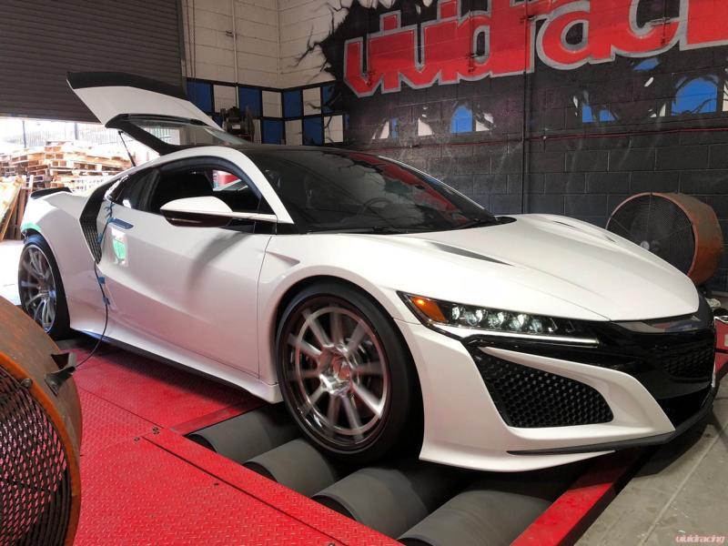 Тюнер Vivid Racing заявил, что он первым в мире выпустил апгрейд производительности для супергибрида Acura NSX