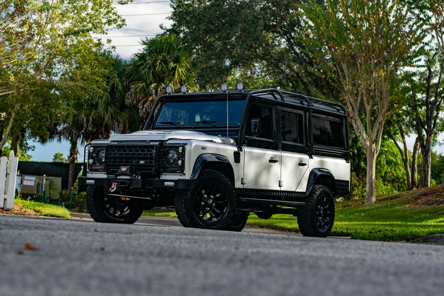 As you probably know, E.C.D. Automotive Design is an American tuner shop that strictly specializes in Land Rover Defender cars
