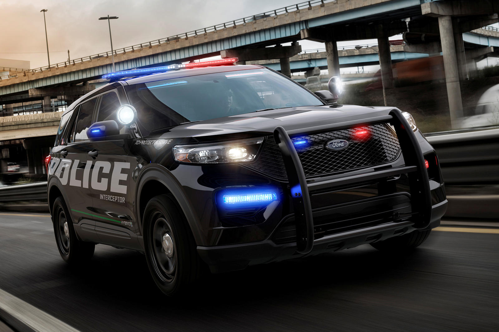 Американская компания Ford раскрыла новую генерацию полицейского Explorer