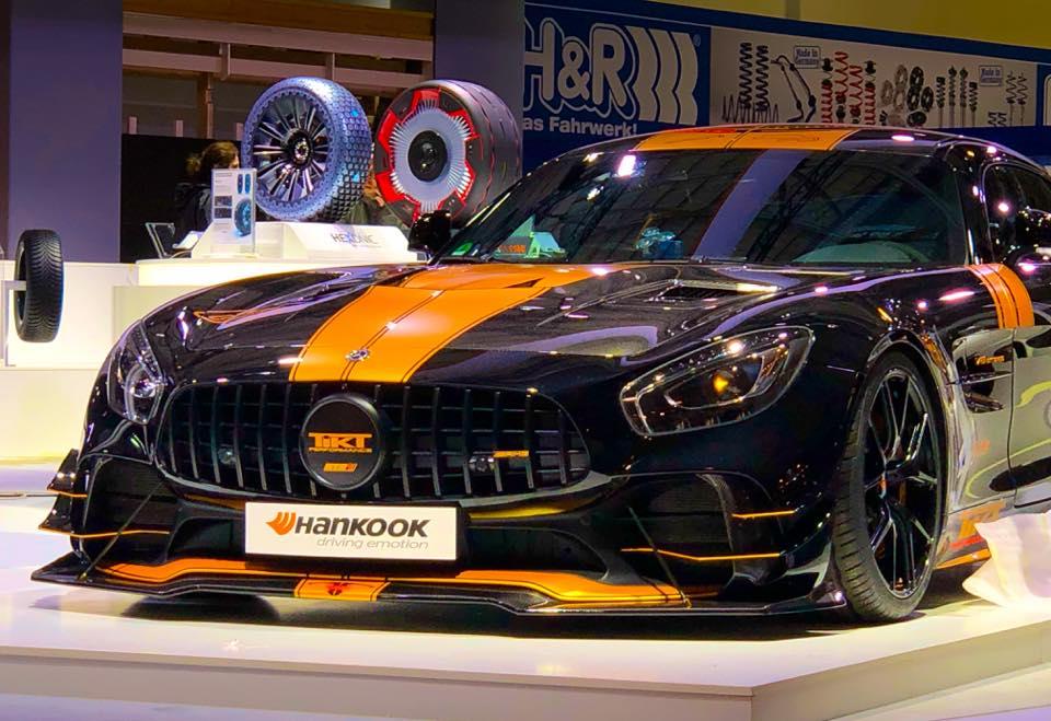 Немецкая мастерская TIKT Performance Parts разработала набор опций для гоночного купе Mercedes-AMG GT R, допущенного на дороги общего пользования