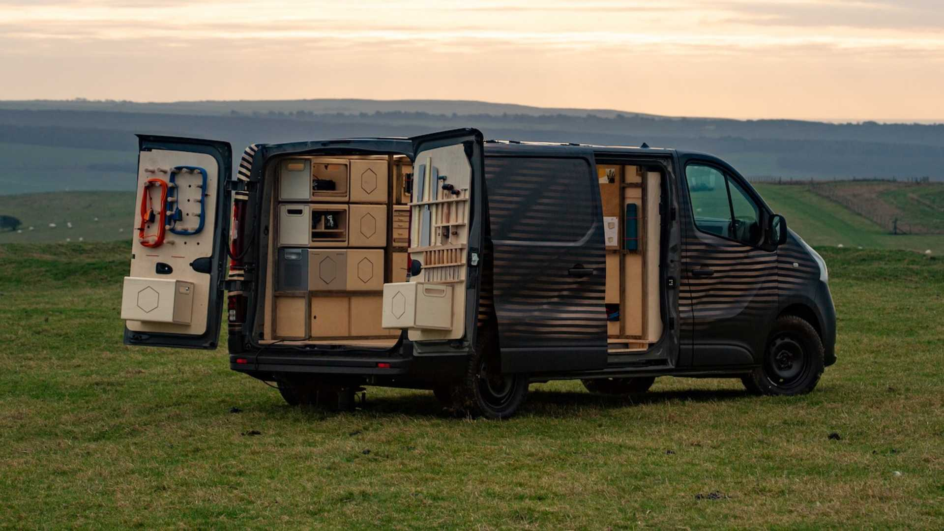 Japanese car manufacturer Nissan has used the ongoing Brussels Motor Show as an opportunity to showcase a carpenter's van concept based on its NV300 MPV