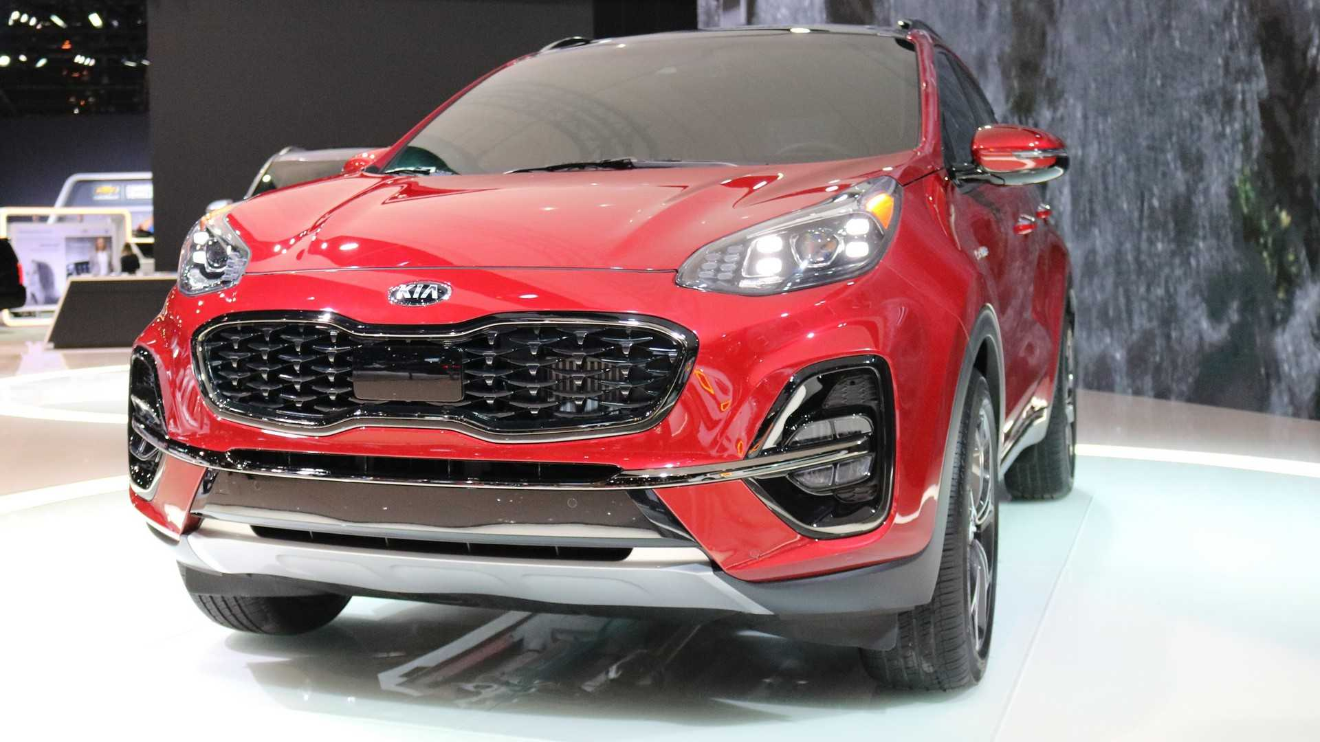 South Korean automotive giant Kia Motors has unveiled a mid-generational refresh of its Sportage crossover utility vehicle