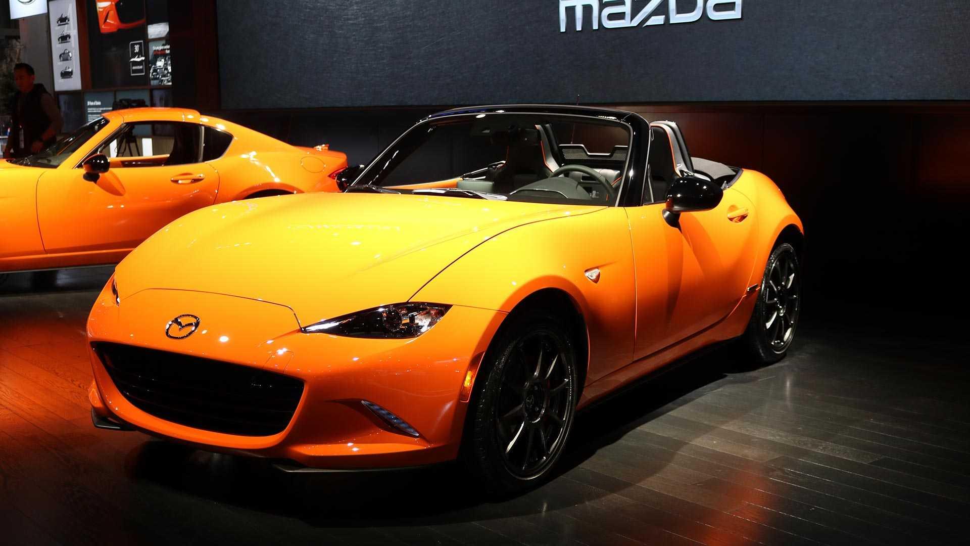 На мотор-шоу в Чикаго дебютировало особое исполнение Mazda MX-5 с индексом 30th Anniversary Edition