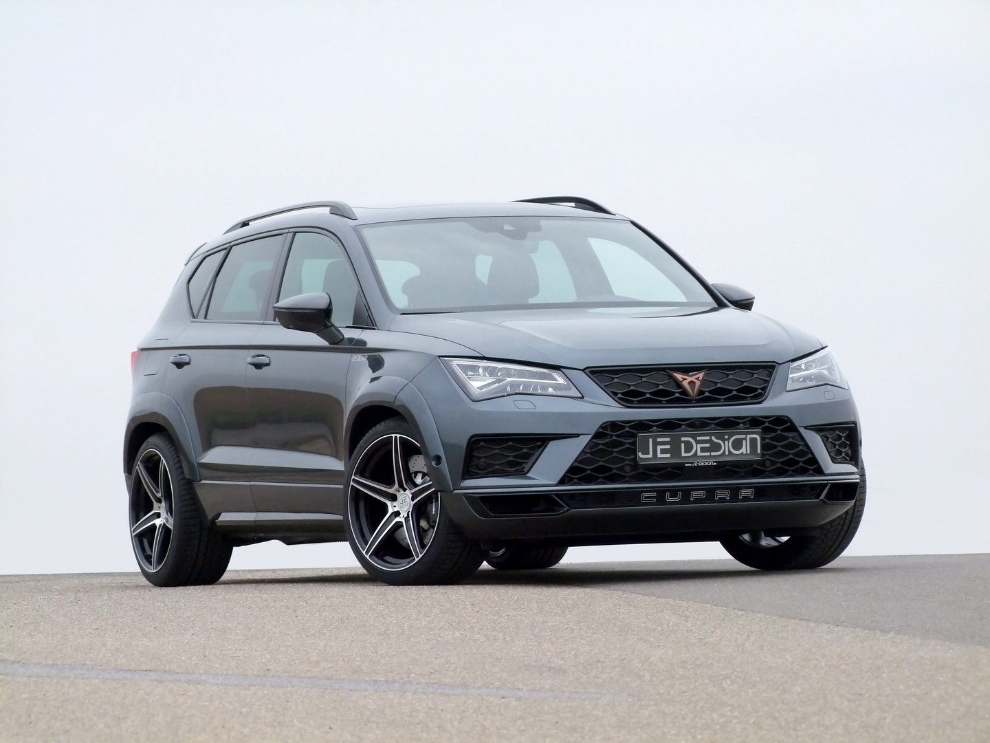 The folks over at Je Design have released an upgrade package for the Cupra Ateca mini-SUV