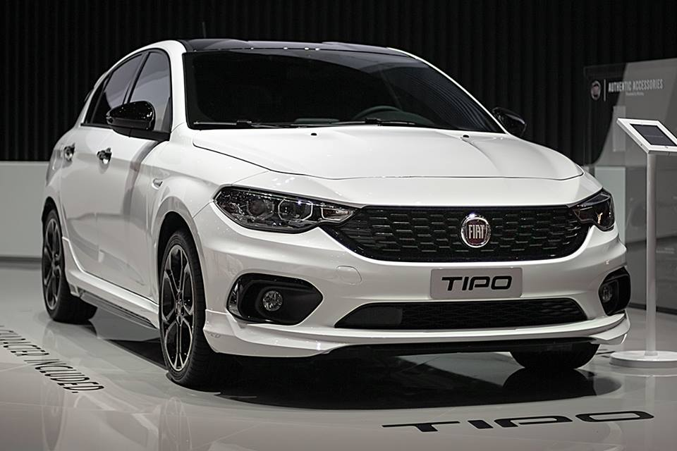 Today, Mopar has announced over 70 new options and accessories for the Italian car, some of which are already available