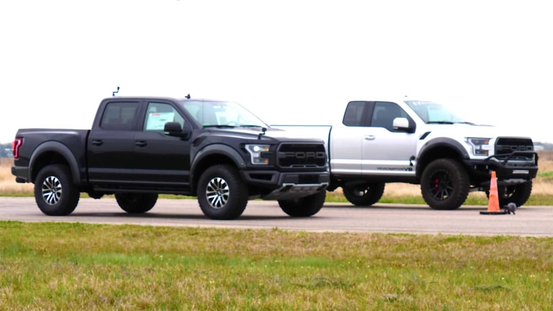 Ford Raptor 2019 модельного года по праву можно считать одним из лучших пикапов для бездорожья