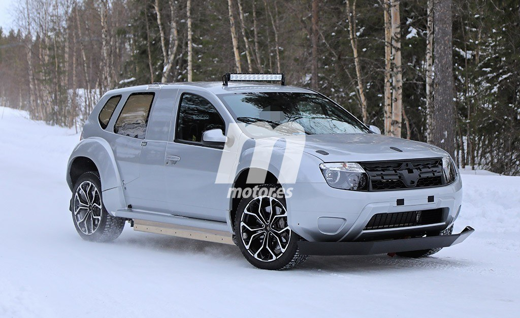 Car spotters have recently espied this odd SUV during a test drive. From the first glance, you may think it is a first-generation Renault Duster, but a closer look raises more questions