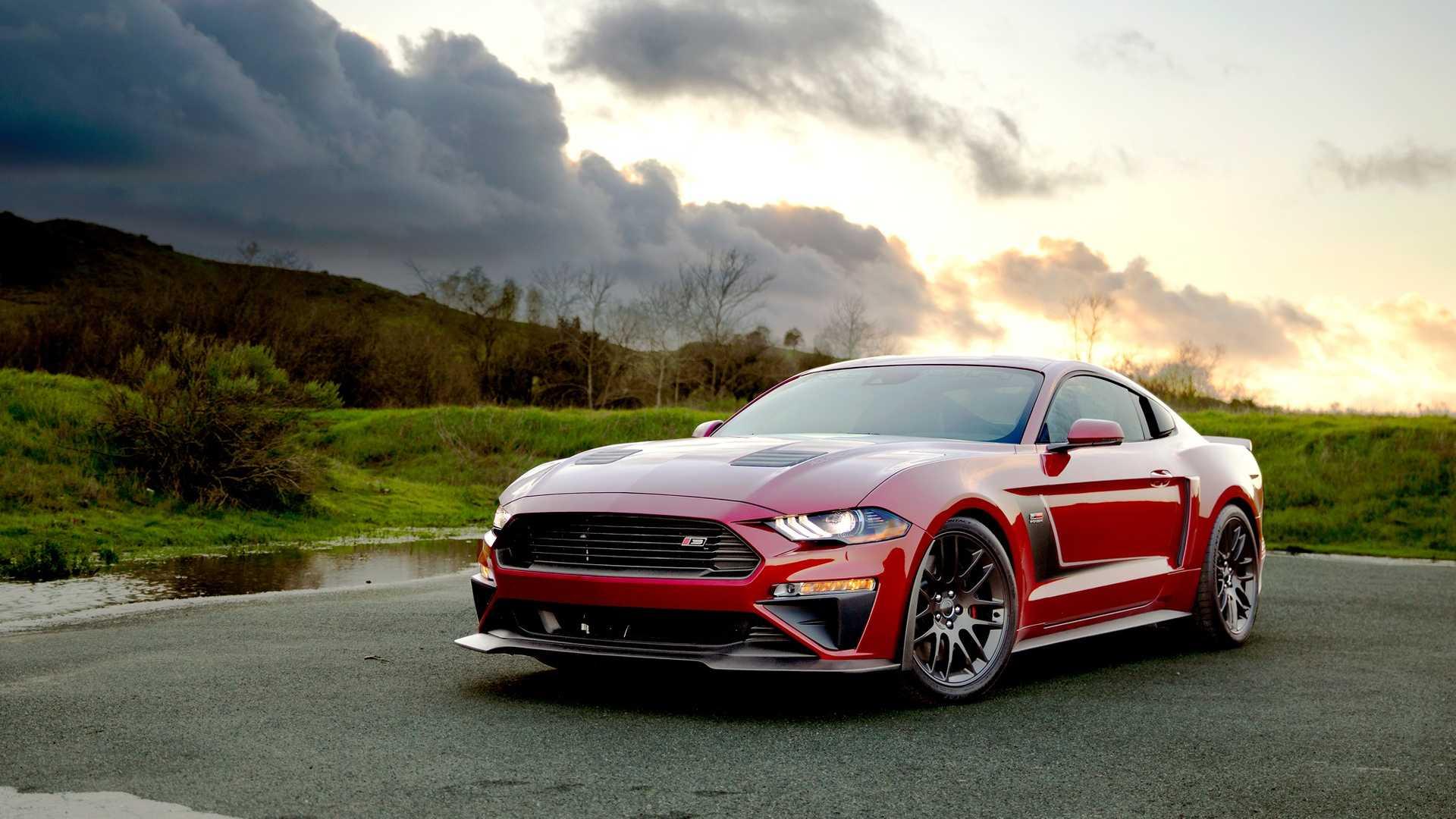 Команда ателье Roush опубликовала подробности о двух автомобилях, которые она привезет на мотор-шоу в Нью-Йорк