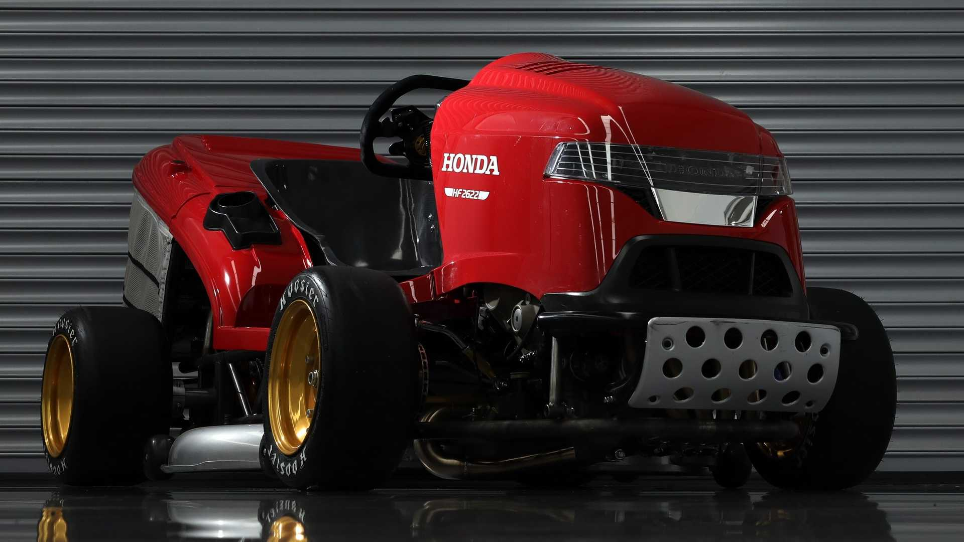 Car manufacturer Honda is currently busy developing the next generation of the Mean Mower, allegedly the world's fastest lawnmower