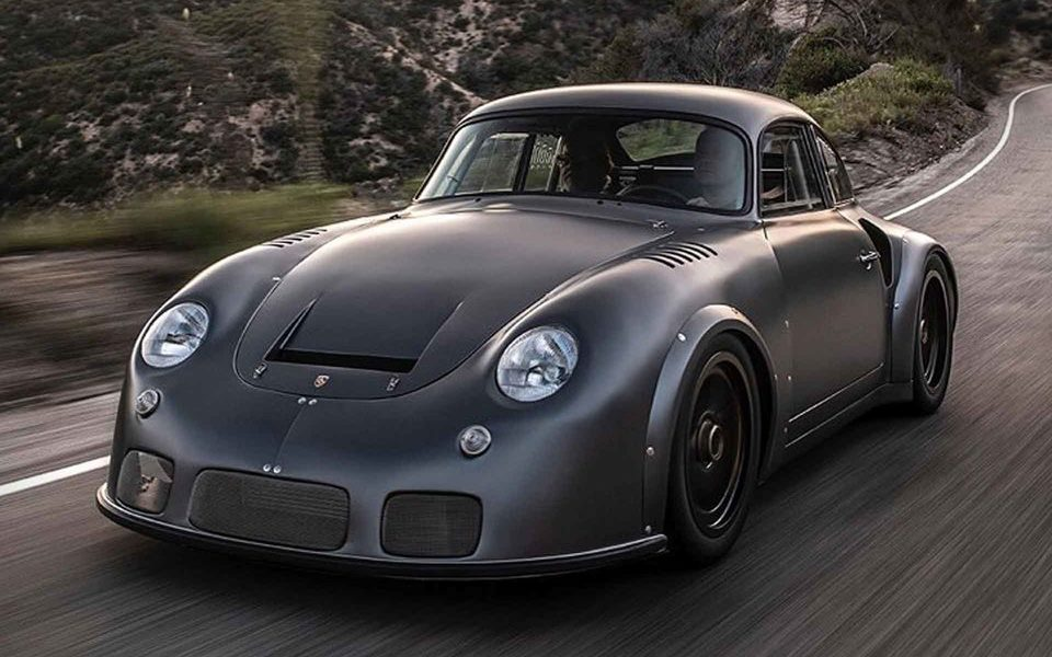 Six years ago, Emory Motorsports Inc. began working on restoring and modernizing a 1973 Porsche 911 Carrera RSR. The project was later handed over to wheel manufacturer Momo