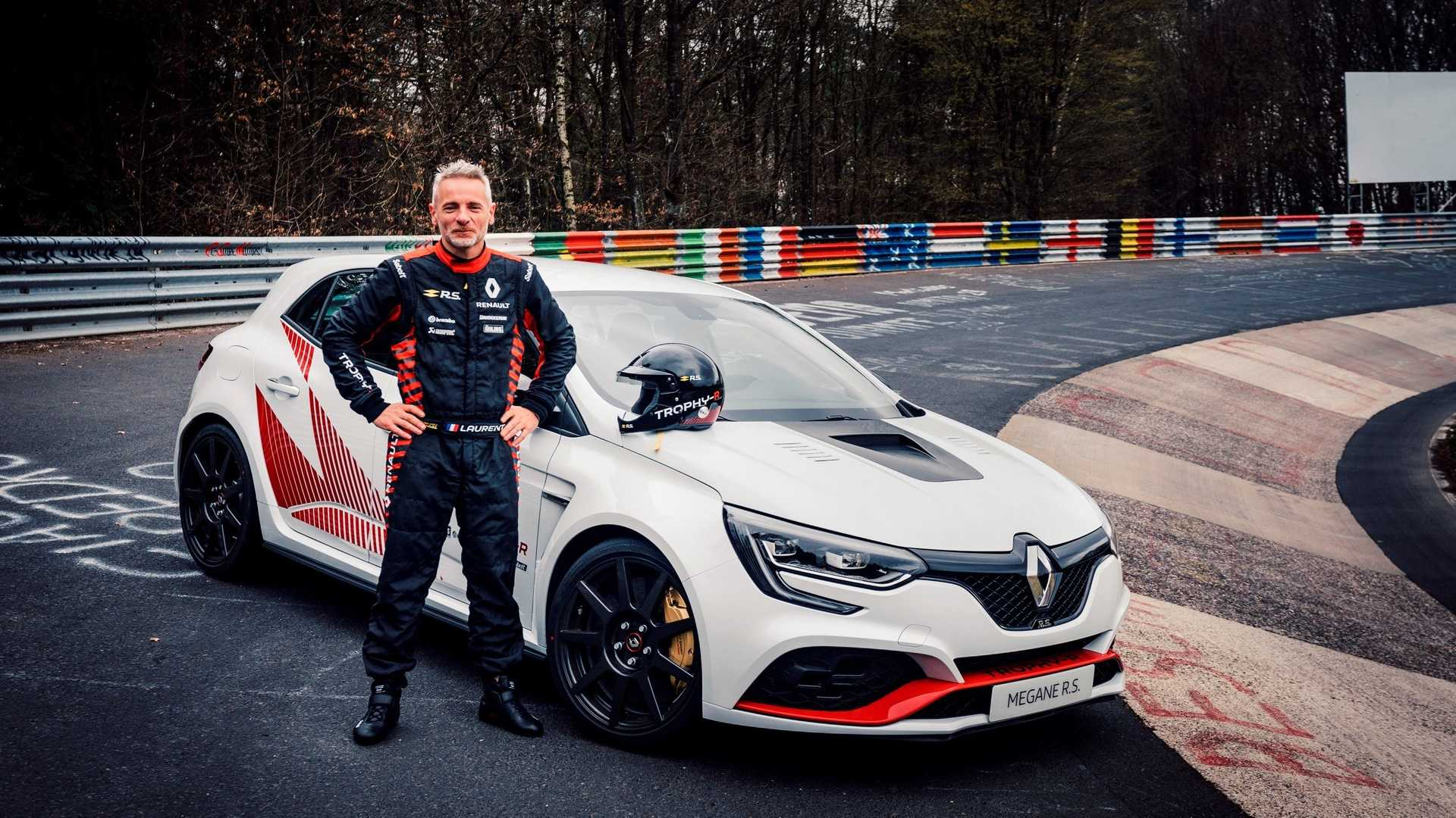 The next-gen Renault Megane RS Trophy-R has succeeded in establishing a new record at the North Loop of the Nürburgring Circuit in Germany