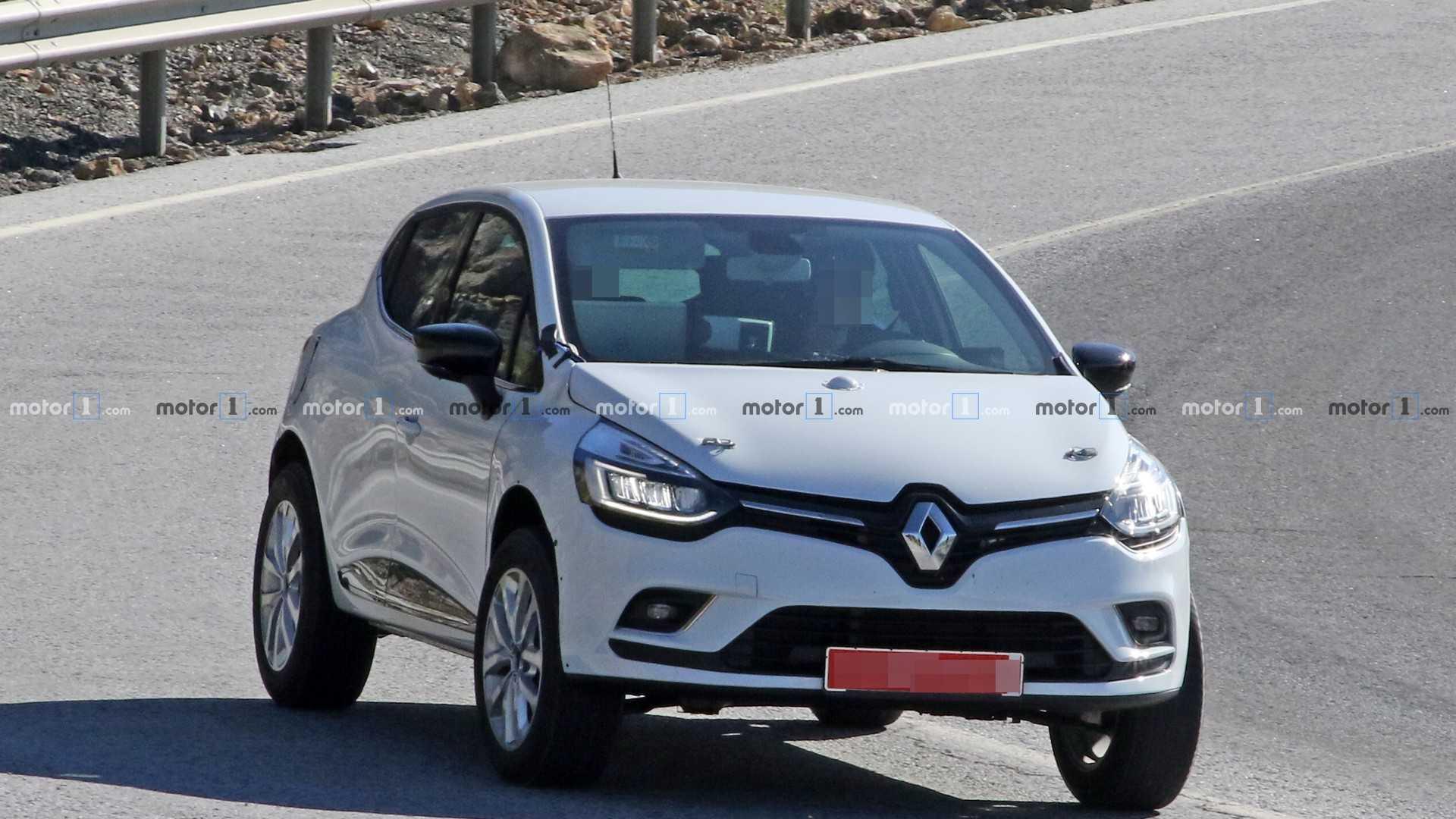 Похоже, скоро французы покажут паркетник на базе хэтчбека Clio