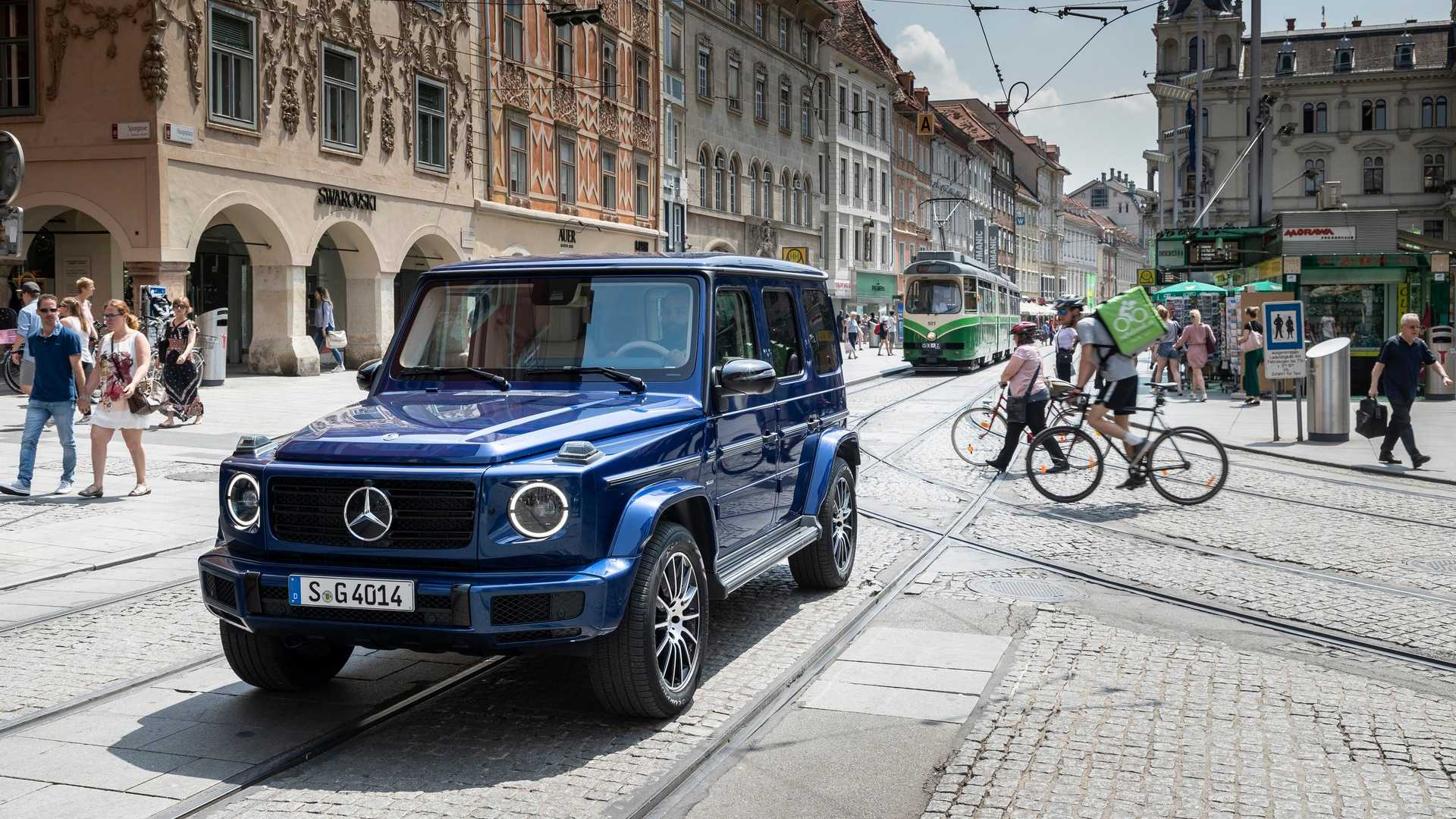 The Mercedes G-Class series celebrates its 40th anniversary this year, as well as 20 years of the G 55 AMG model