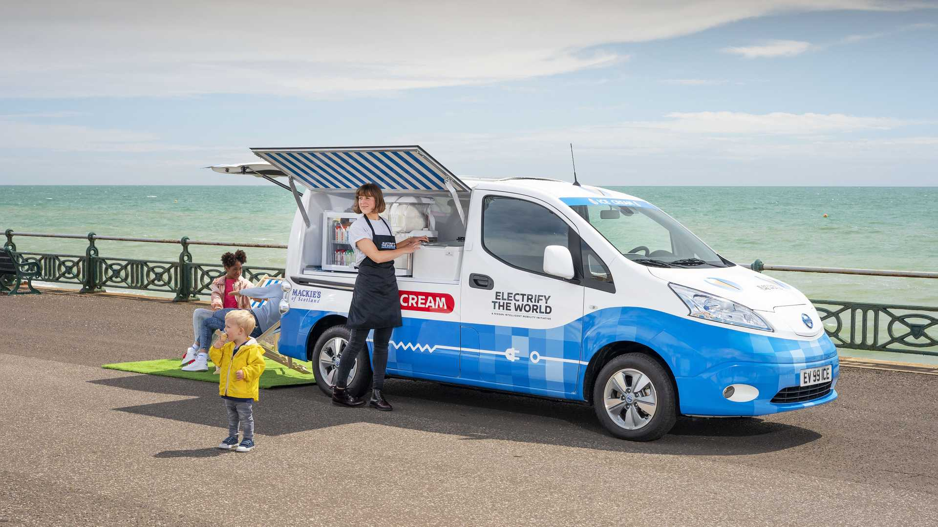 Japanese car manufacturer Nissan has joined efforts with ice cream maker Mackie's of Scotland to build a commercial vehicle prototype called the e-NV200 Ice Cream Van Concept