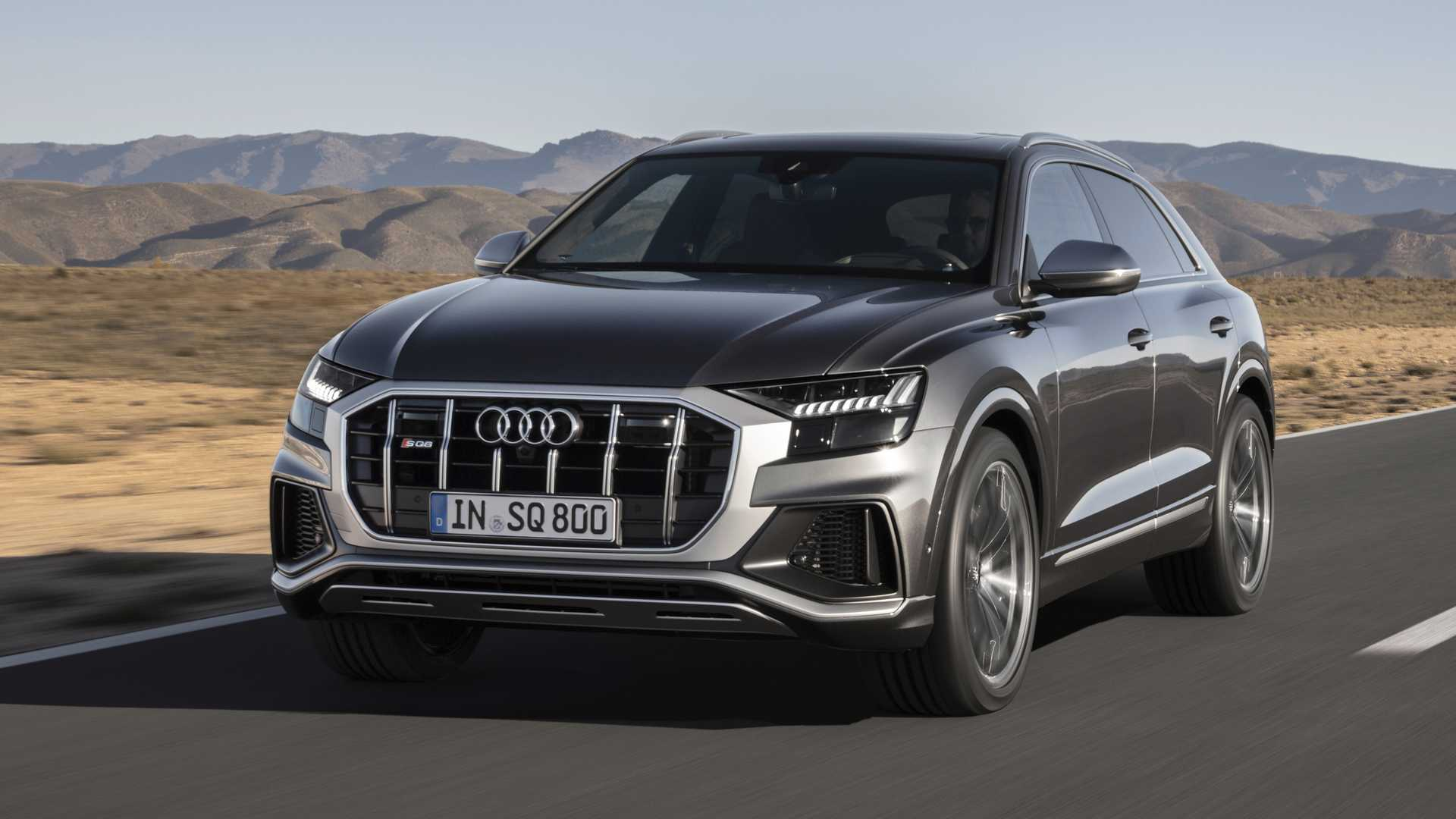 Powered by a 4.0-liter turbocharged diesel V8 pumping out 435 horsepower (324 kilowatts), the Audi SQ7 counts among the best-equipped diesel SUVs around