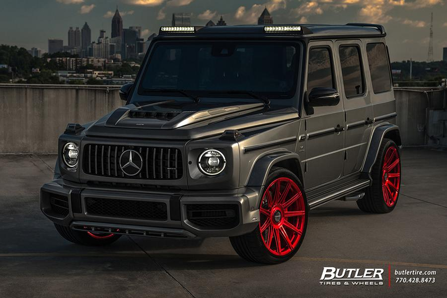 A while ago, Lorinser graced us with a customization package for the Mercedes-Benz G500. Some time later, it released a similar package for the range-topping G63 AMG. Now, thanks to Butler Tires and Wheels, we can see what it looks like on a live car.