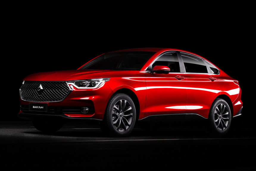 Baojun, a Chinese car brand co-owned by GM and SAIC, has started production of its new, full-sized liftback model dubbed the RC-6. The company unabashedly compares it to the BMW X4, although the similarities are predictably superficial.