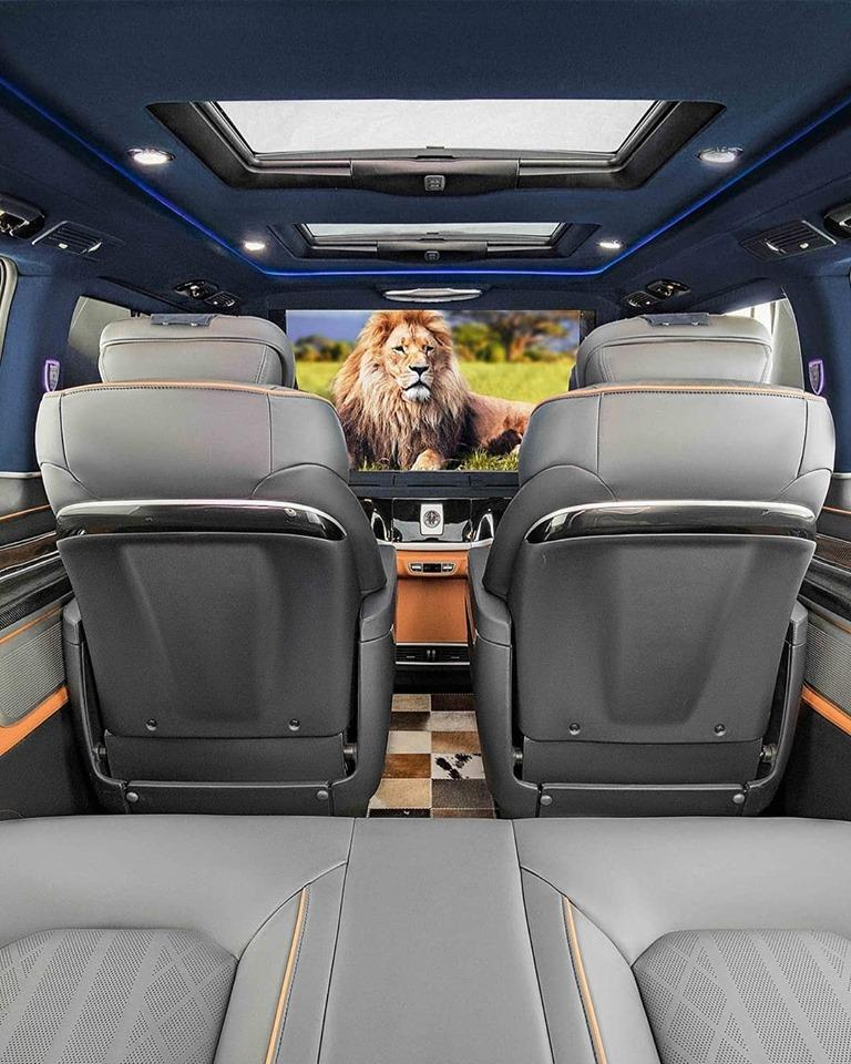 German tuner Lorinser released a sports-themed package for the Mercedes V-Class (W477) in 2018. The minivan has gained fresh looks, but hardly any interior mods, save for branded mats, lit running boards, and aluminum pedal pads.