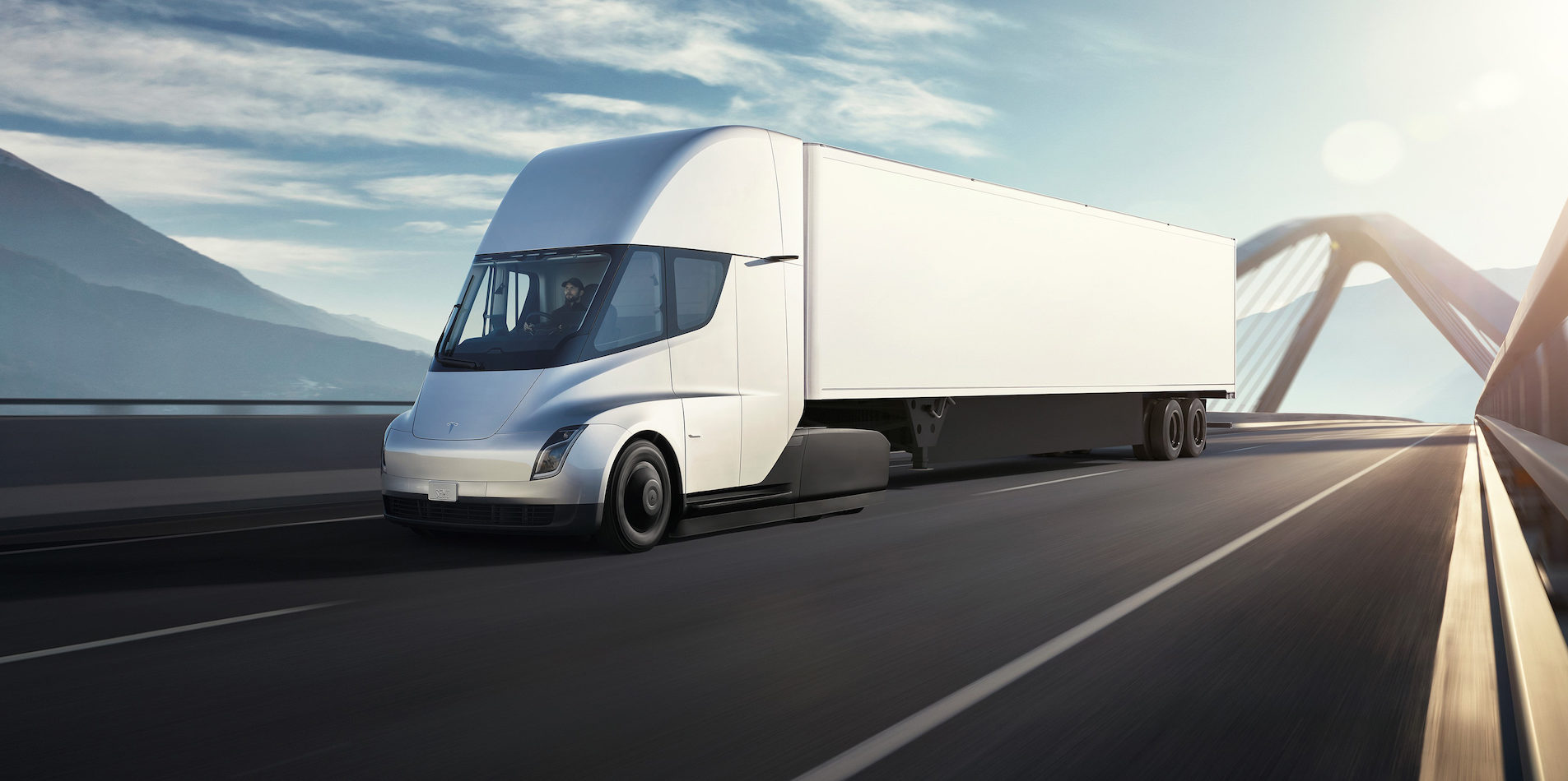 A video featuring a prototype version of the Tesla Semi truck was posted a few days ago, but it wasn't until today that the viewers noticed no one's driving it.