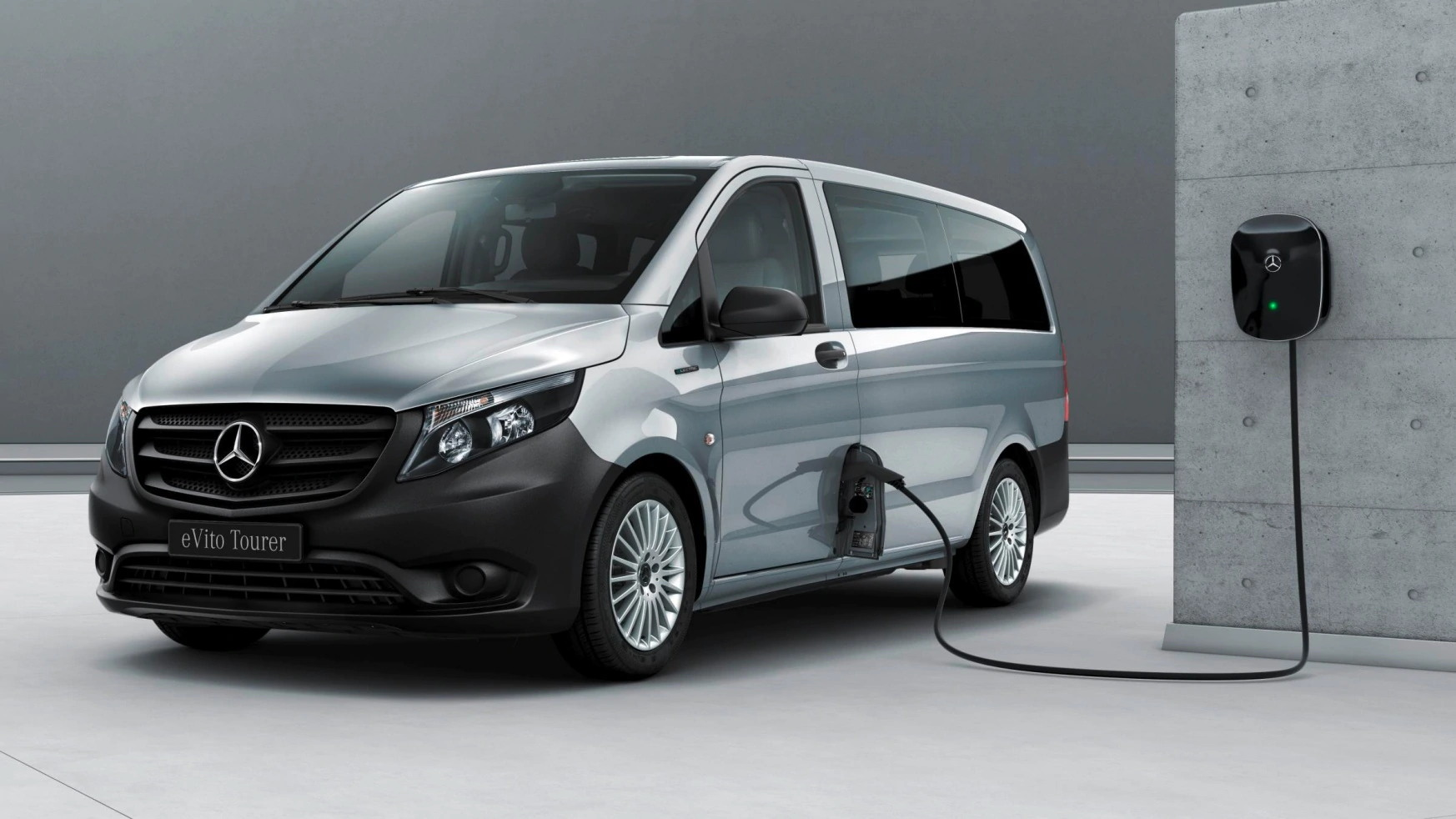 Mercedes-Benz has introduced the eVito Tourer, an all-electric minivan so far only available through the BerlKonig ridesharing service. There are no estimations as to when the model may hit the mass market.