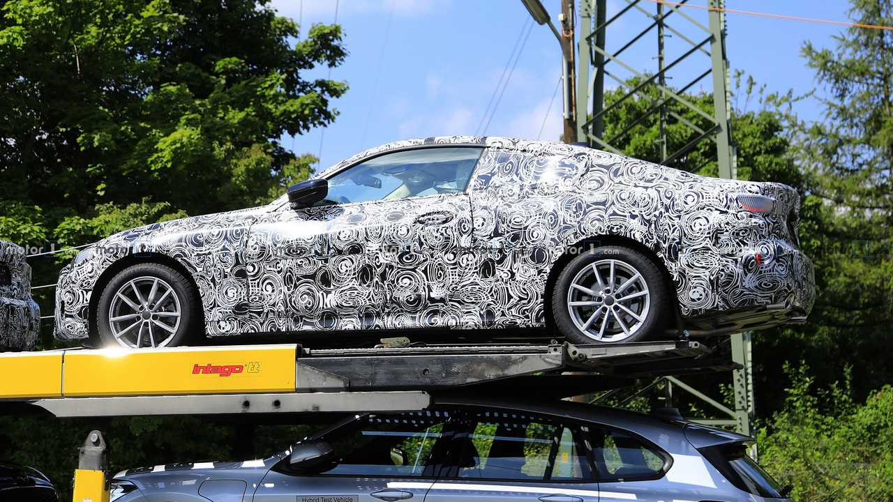 Someone has discovered multiple BMW 4 Series Coupe test vehicles being transported to a destination somewhere in Munich, Germany.