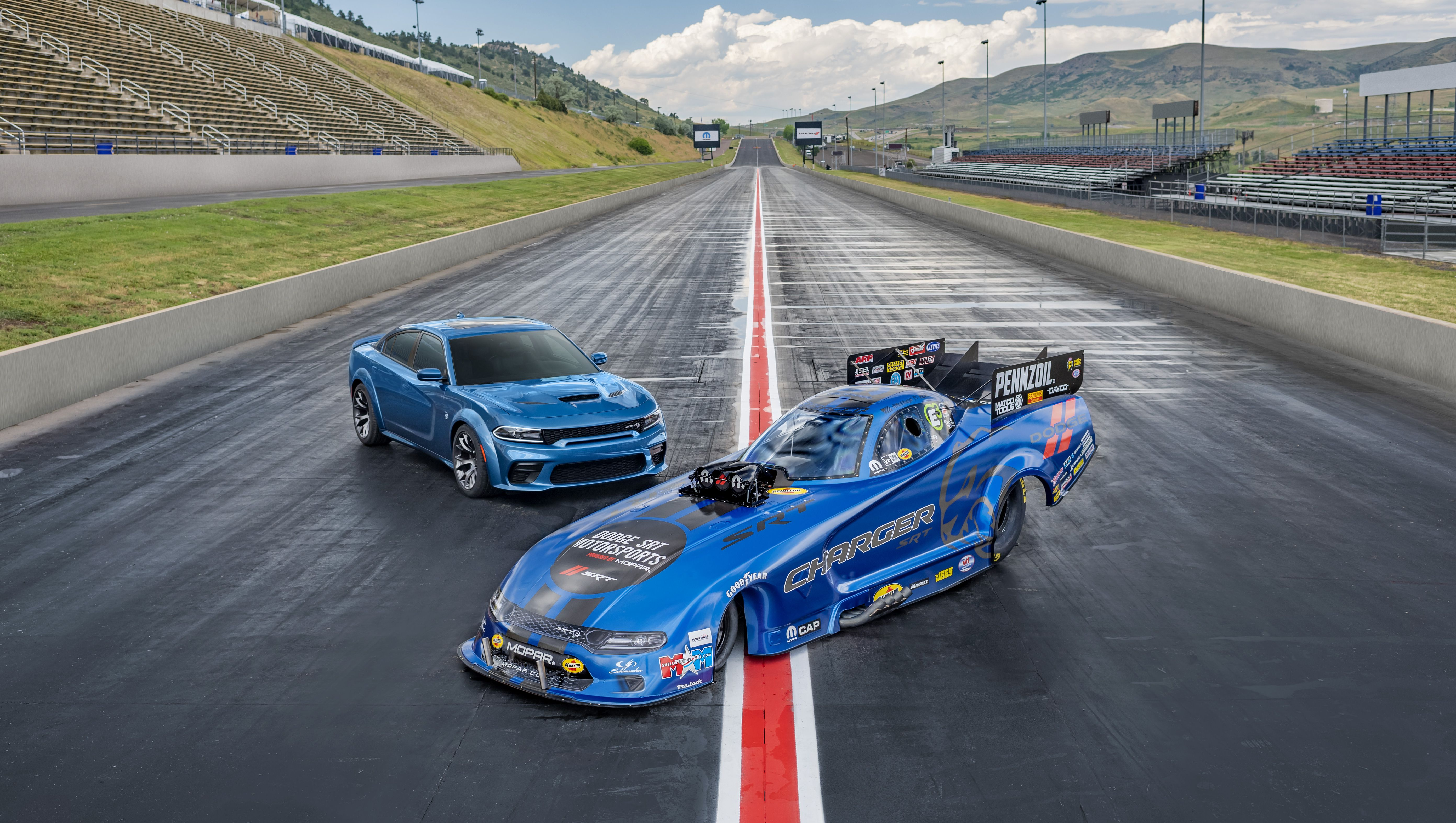 Matt Hagan, twice champion of the NHRA racing series, has shown us his all-new dragster stylized to deceive some people into thinking it is a heavily modded Charger SRT Hellcat Widebody.