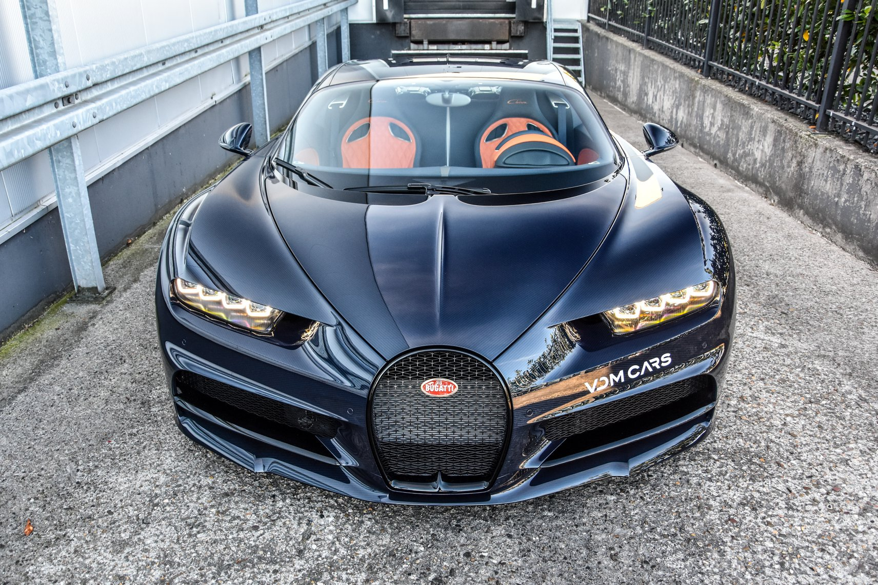 Bugatti has recently finished piecing together the 200th Chiron and reported that it had fewer than 100 units left in the production queue. Most of those are likely sold out by now, anyway. VDM Cars, a dealership in Gronau, Germany, has a better offer.