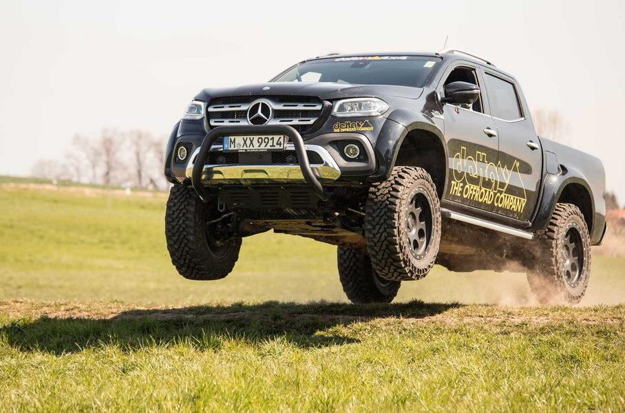 Even in its factory guise, the Mercedes-Benz X-Class is quite a capable pickup truck when it comes to braving the wilderness. Imagine what this custom build by delta4x4, based on a Mercedes-Benz X350 D 4Matic, can do.