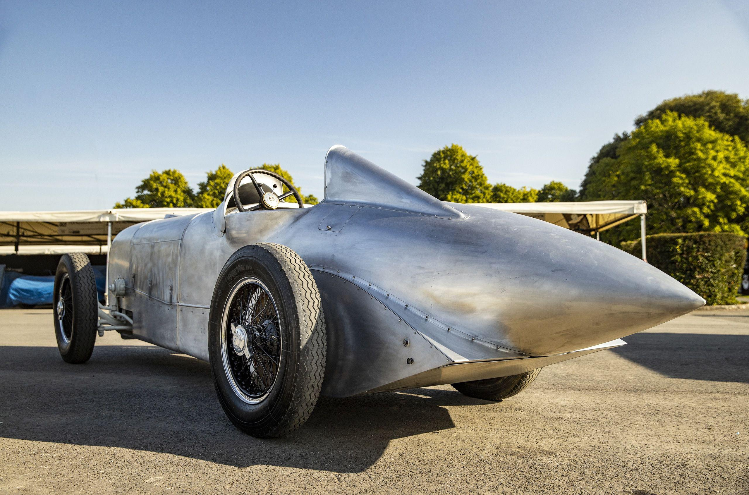 Mercedes-Benz Classic, vintage car restoration department of the German automotive giant, has come to the recently concluded Pebble Beach Concours d'Elegance with a 1932 SSKL sports car dubbed 'The Cucumber' by racing driver Manfred von Brauchitsch.