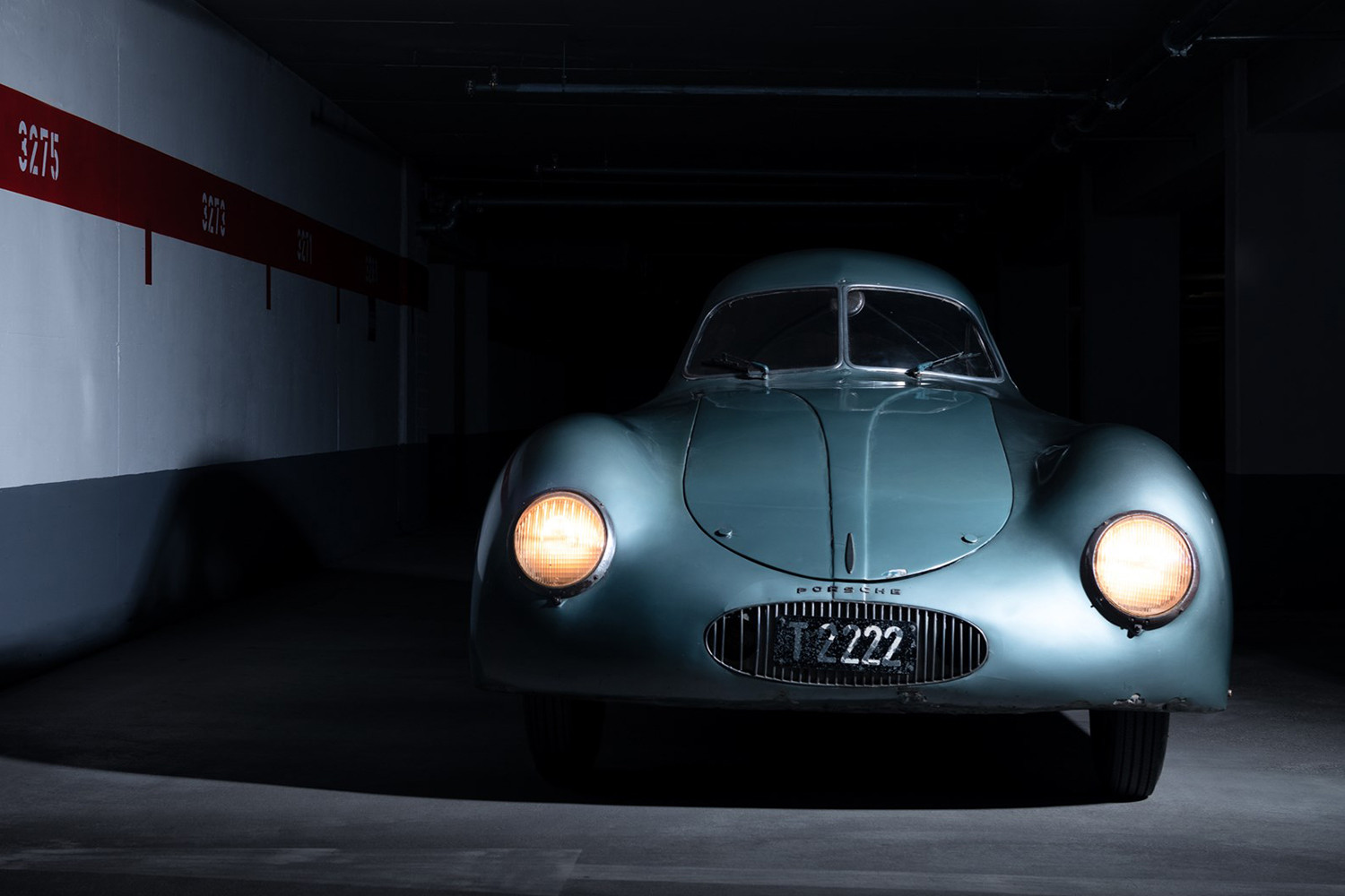 Just a few days ago, we told you about the Type 64, the first car with the last name 'Porsche' inscribed on it. The unique vehicle was slated to go under the hammer last weekend, but RM Sotheby's botched the auction when it misrepresented the bid amounts.