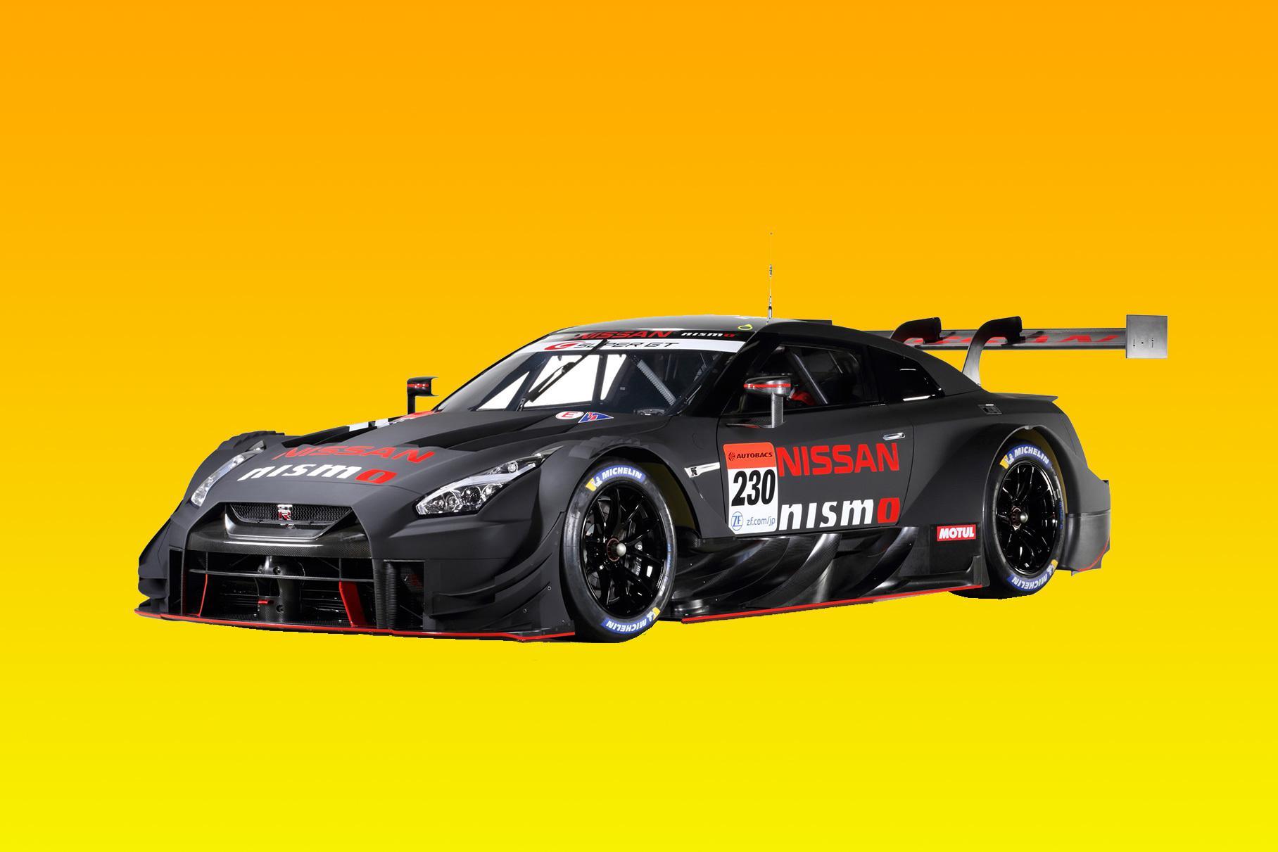 Японский концерн «Ниссан» опубликовал первые снимки GT-R Nismo GT500, созданного для участия в гоночных сериях Super GT и DTM. В соответствии с регламентом автомобиль оснащен 2,0-литровой «турбочетверкой» мощностью не больше 620 л.с.