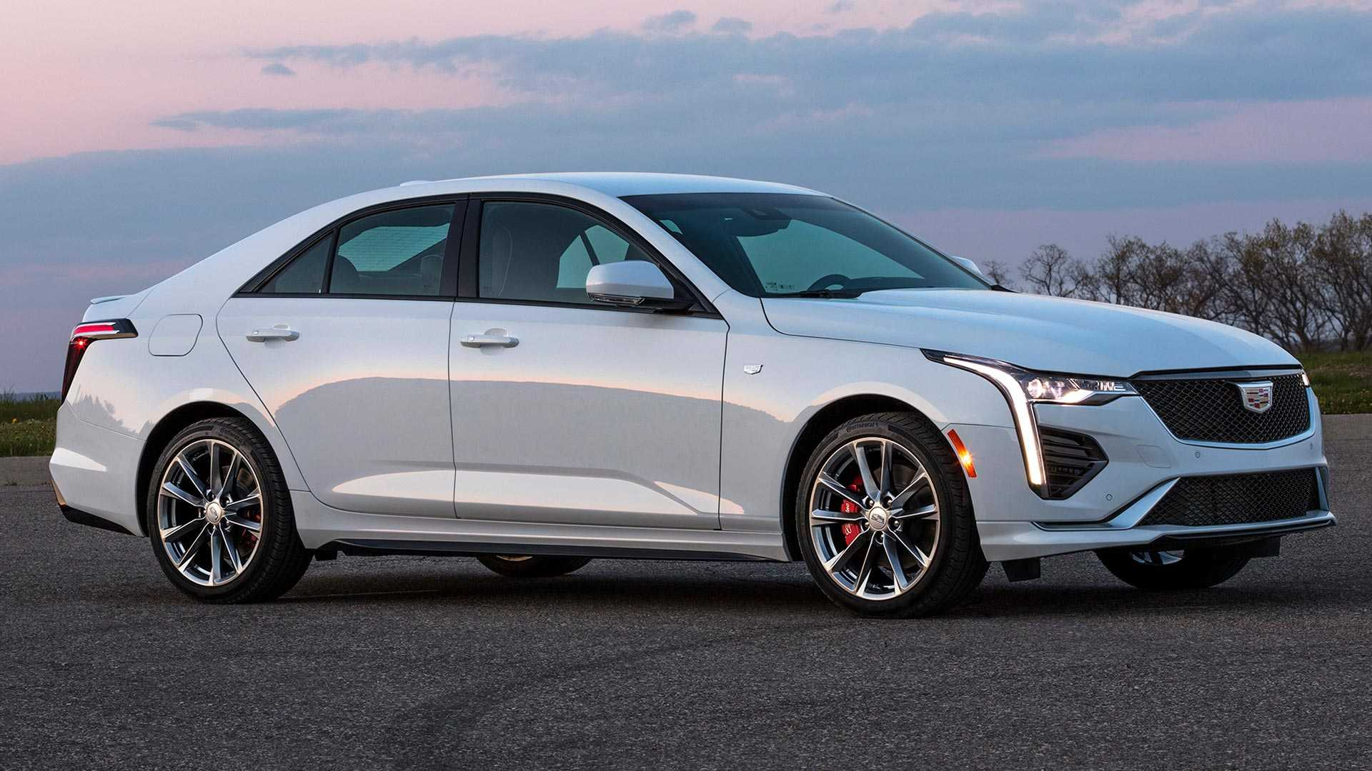 North American car manufacturer Cadillac has rolled out the 2020 update of its CT4 sedan/saloon. The available trim versions are Luxury, Luxury Premium, Sport, and CT4-V.