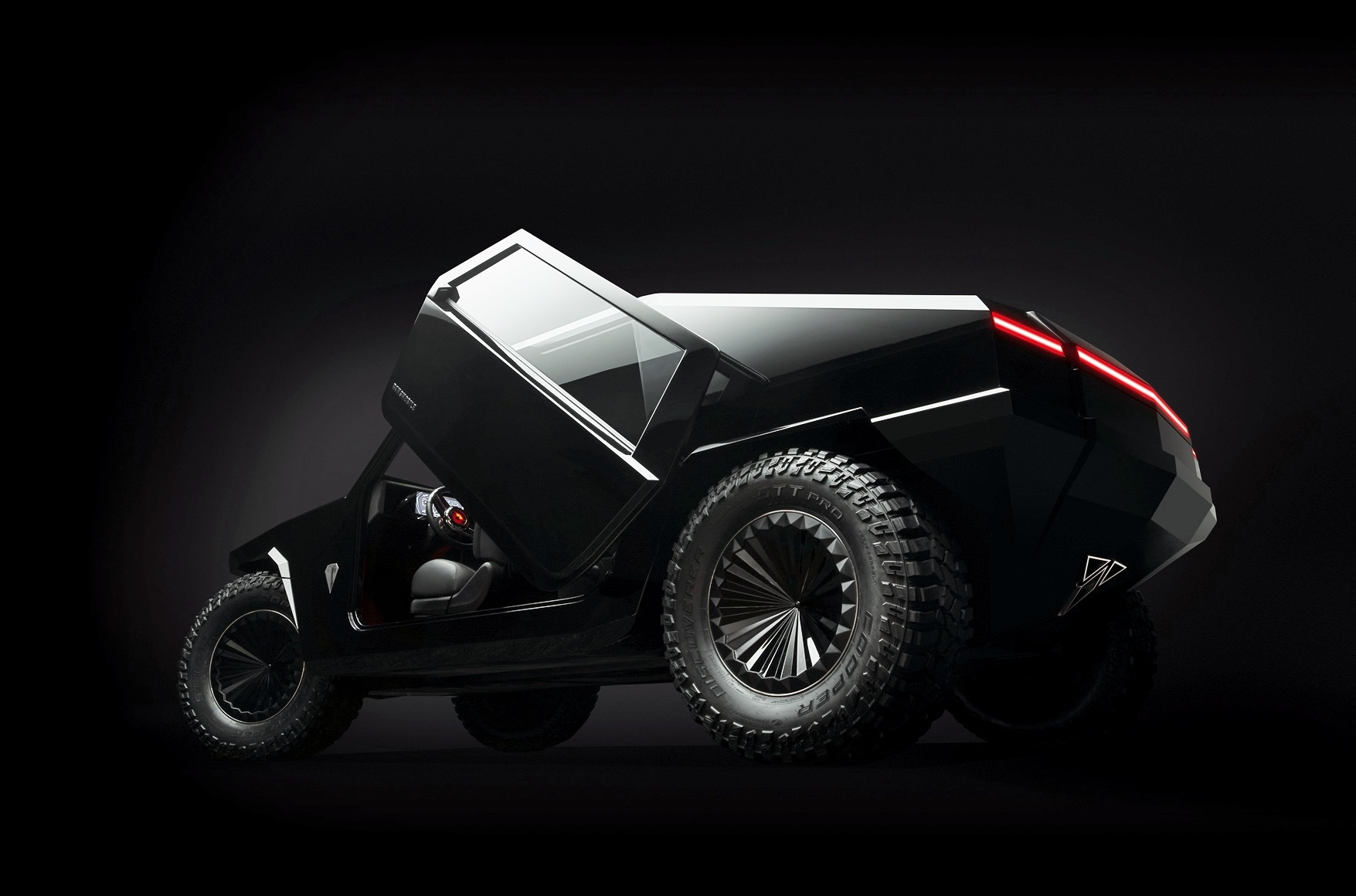 North American carmaker Ramsmobile has come to the Frankfurt Motor Show 2019 with the Protos RM-X2, an extreme off-road vehicle boasting between 400 and 700 mm (15.6 – 27.3 inches) of ground clearance and a single tank-like track assembly instead of wheels.