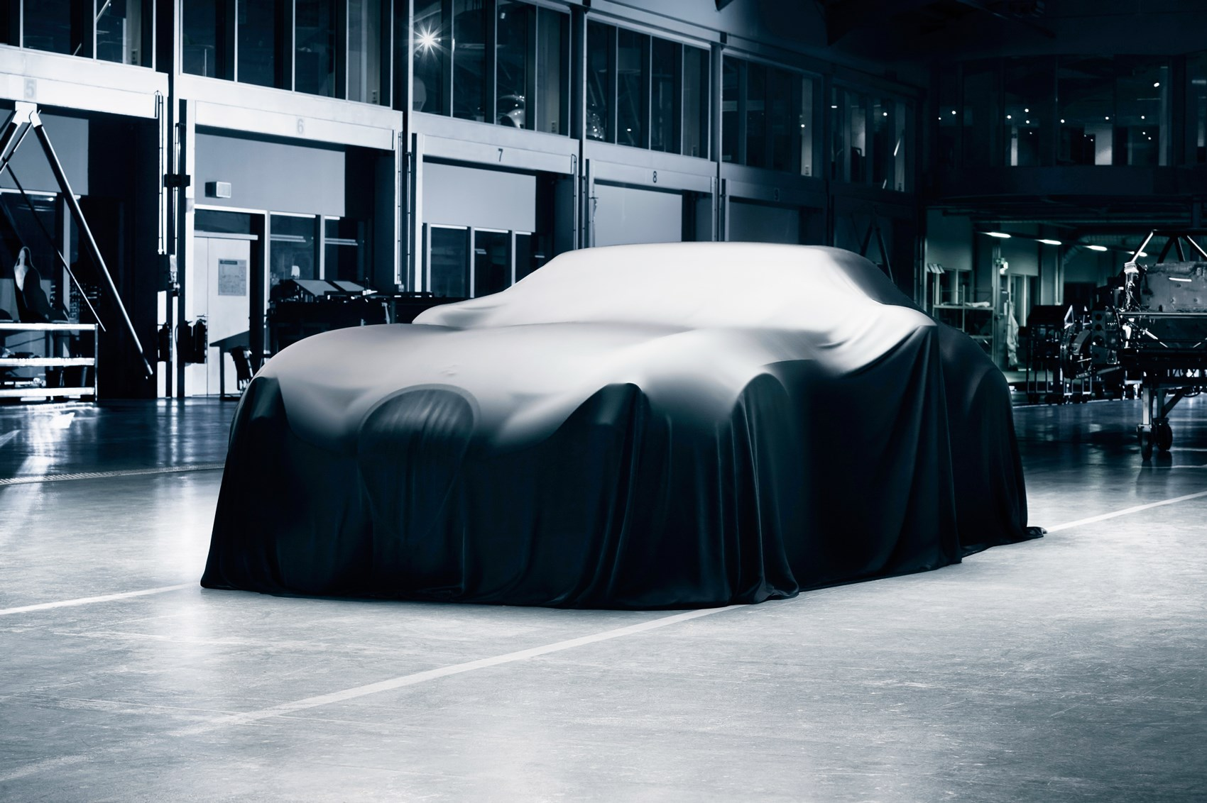 The newest sports car from the German niche automaker Wiesmann should have been revealed at the Frankfurt Motor Show, but the company limited itself to another portion of teaser pics.