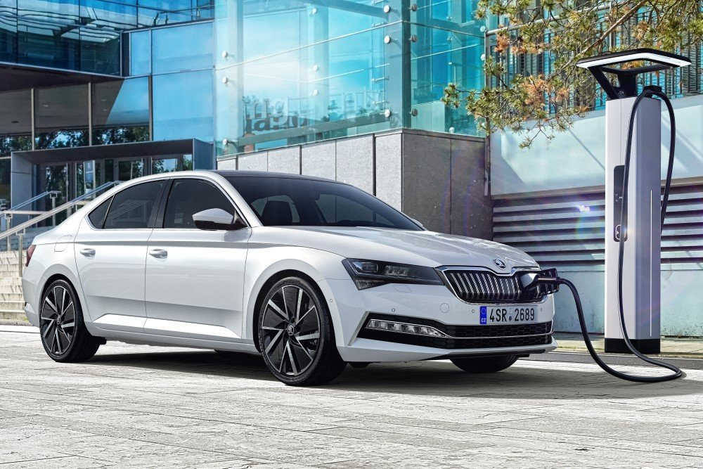 Skoda has started the mass production of its first hybrid car ever, the Superb iV, near the village of Kvasiny, Czech Republic.