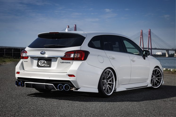 The Subaru Levorg estate/wagon is fairly popular in Japan. The 2019 refresh brings along new bumpers, radiator grille, and a special edition called the Levorg STI Sport Black Selection, which packs 300 hp (224 kW) under the hood. The newcomer makes the pre-facelift car look dated, but Kuhl Racing knows how to remedy the situation.