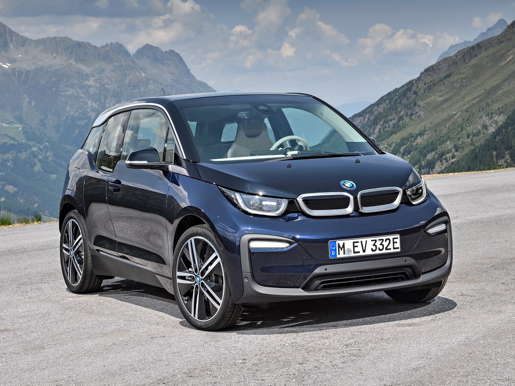 BMW will be permanently discontinuing yet another of its models – the all-electric i3 hatchback – but the timeframe remains unknown.