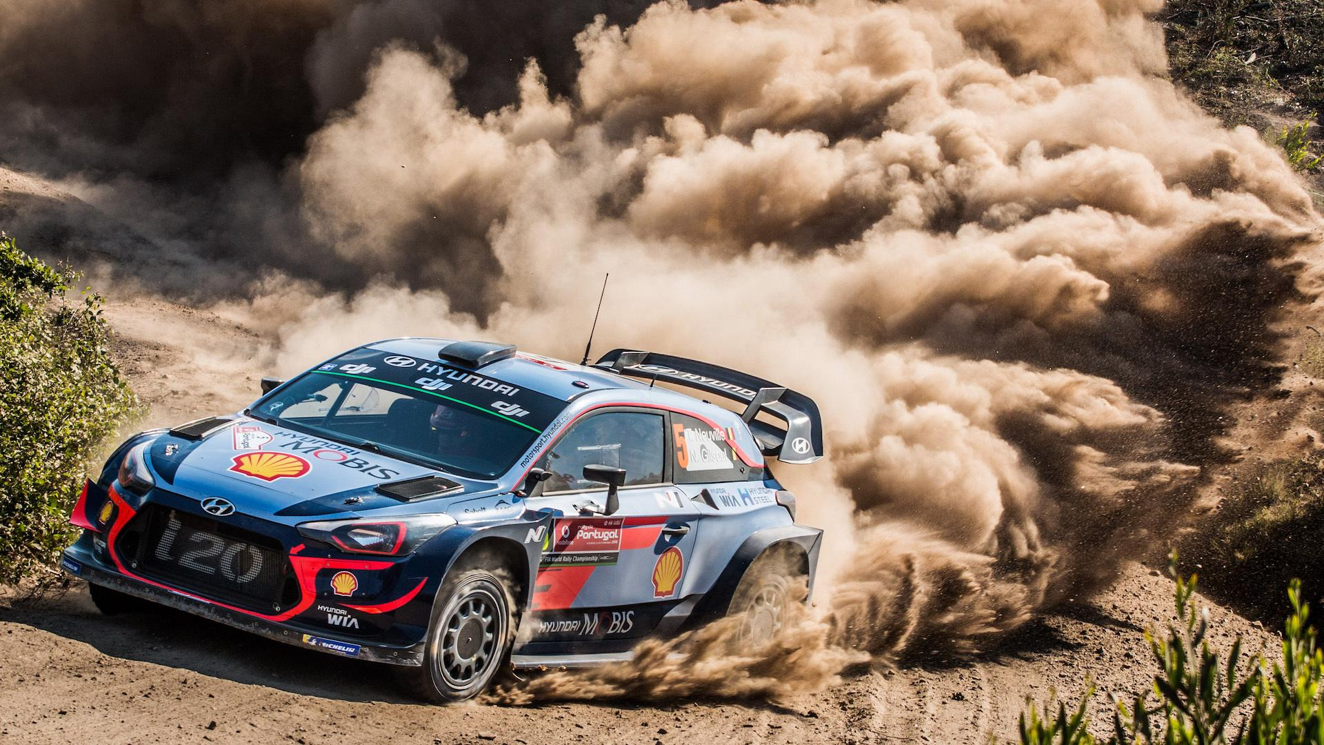 Hyundai i20 WRC для раллийных гонок достигает скорости в 100 км/ч за считанные секунды, но, чтобы стартовать, нужно приложить немало усилий.