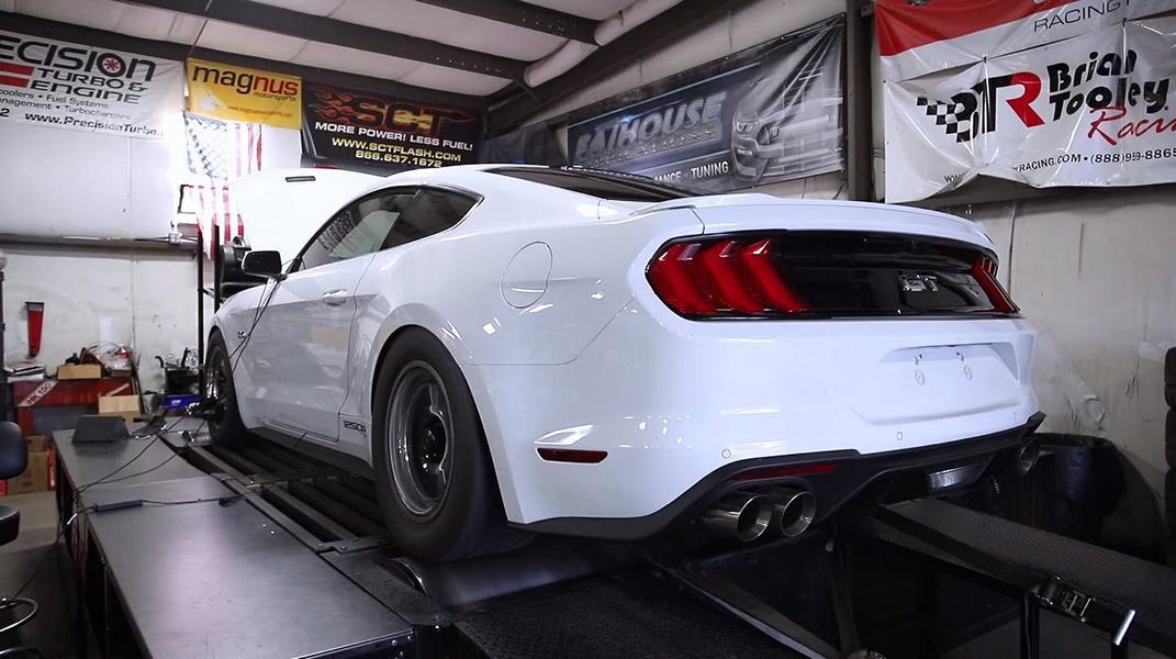 Американская компания Fathouse Fabrications опубликовала ролик, в котором тестирует звук изготовленной в единственном экземпляре выхлопной системы хардкорного Ford Mustang GT 2018.