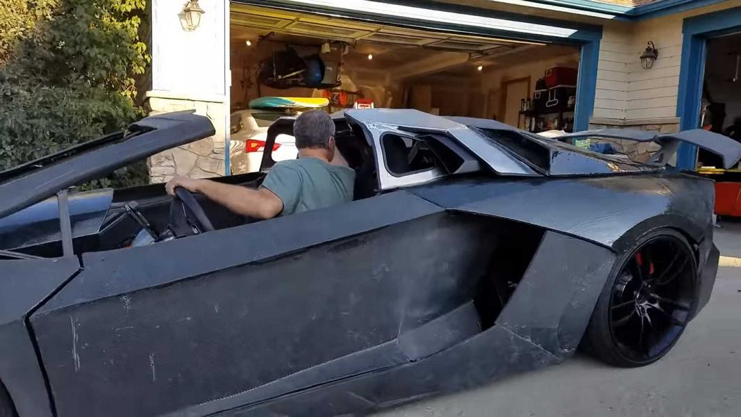 The Lambo Aventador you see before you has mostly been created using a 3D printer. Even more impressively, it isn't just a replica, but a full-fledged car with high-end specs.