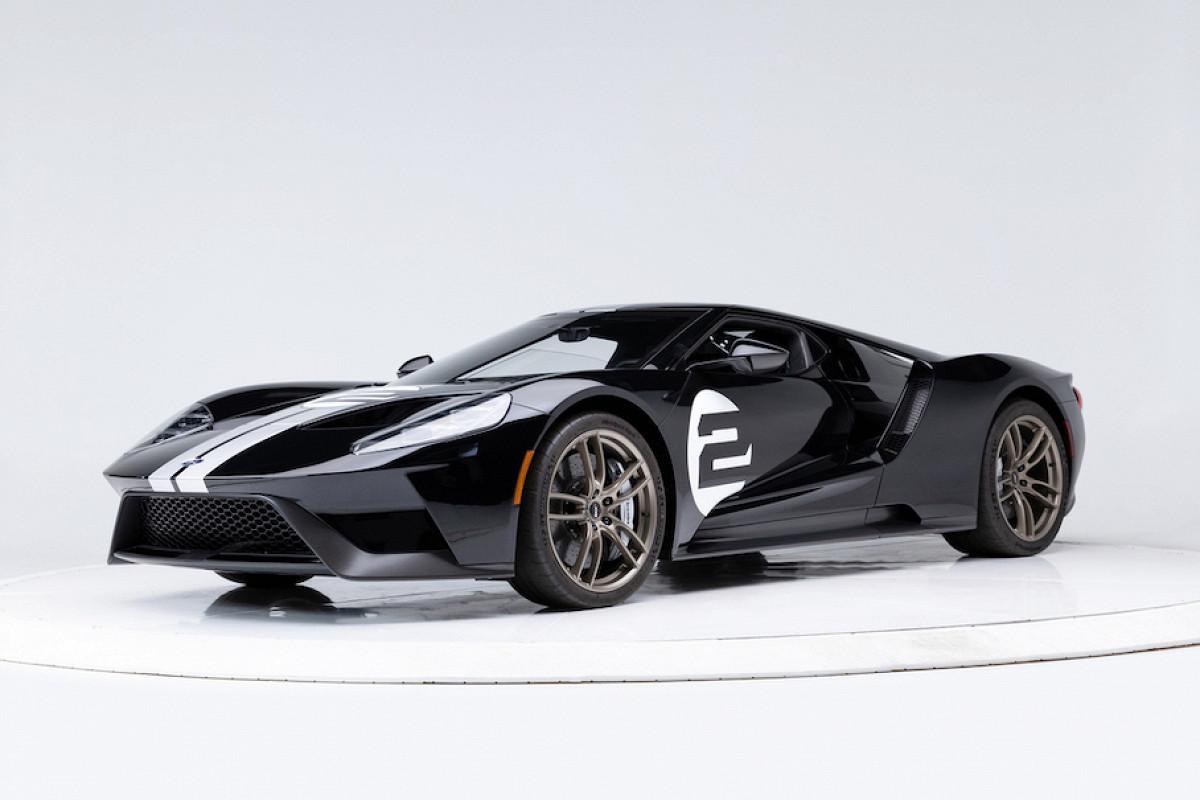 После окончания 24-месячного запрета на аукционе в США официально перепродали суперкар GT. Новый владелец «фордовского» авто заплатил тройную цену – $1 500 000.