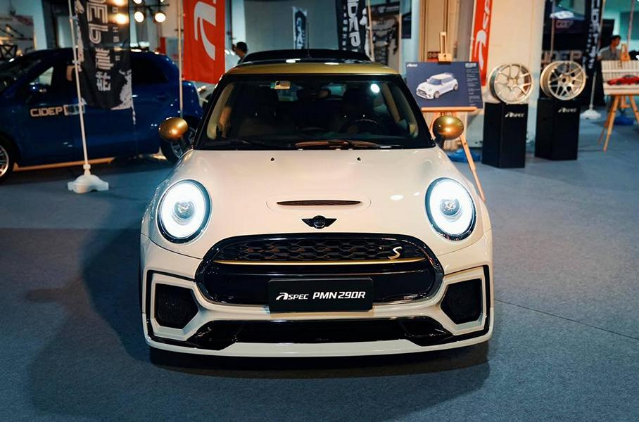 It has been a while since we've heard from China-based car customizer Aspec, but the team just came out with a new body kit for the current Mini Cooper S (F56).