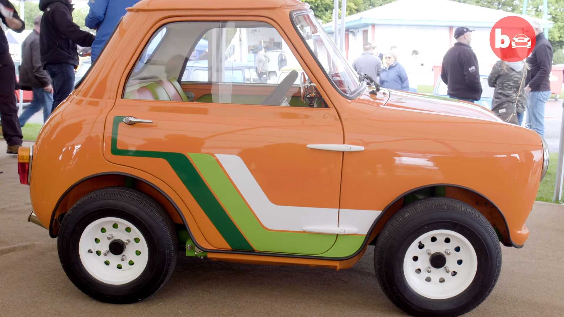 The British car marque Mini has gained worldwide popularity thanks to the modest-sized cars it produced – but this particular modded sample puts them all to shame. Called the Mini Ha Ha by its owner, the car had most of its body and the rear seat row thrown away.