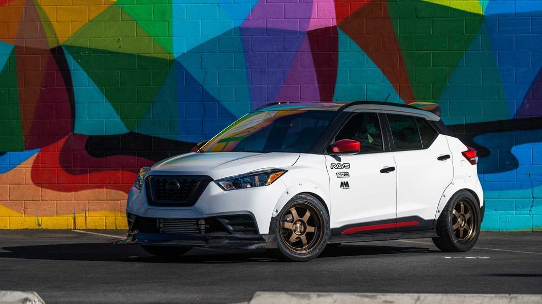 Буквально позавчера Nissan продемонстрировал посетителям выставки SEMA хардкорный пикап Frontier Desert Runner, созданный покорять Сахару. А теперь автопроизводитель неожиданно совершил разворот на 180º и презентовал «разозленный» командой MA Motorsports компакт-кросс 2019 Kicks Street Sport.