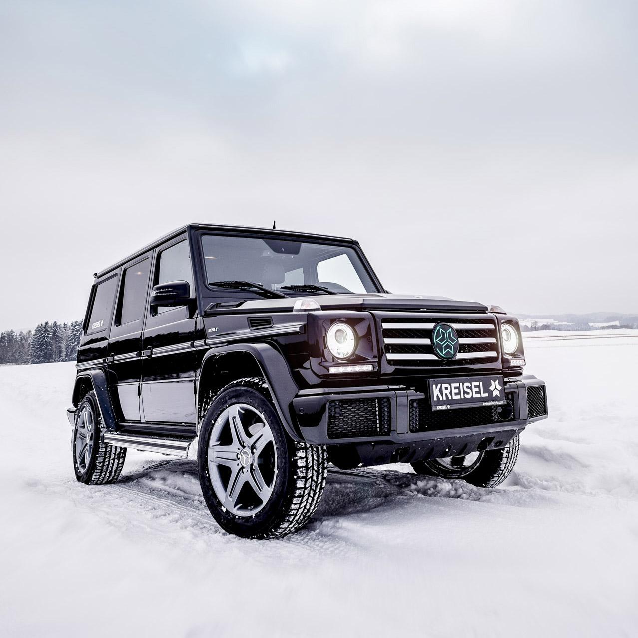 Mercedes-Benz G-класса с его прожорливыми двигателями и «квадратной» формой кузова не слишком соответствует всеобщей тенденции к экологичности и экономичности. Немцы придумали радикальный способ подогнать «Гелик» под современные требования: внедорожник может превратиться в электрокар.