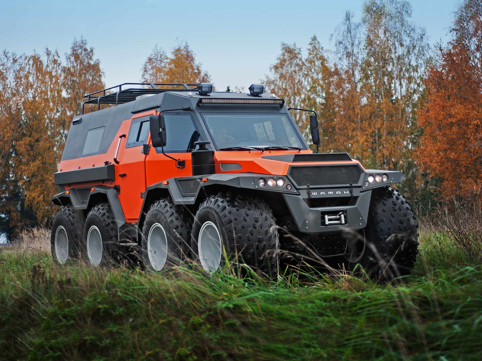Moscow-based carmaker AVTOROS has come to the 2019 Dubai International Motor Show with its own all-terrain vehicle project, the Shaman.