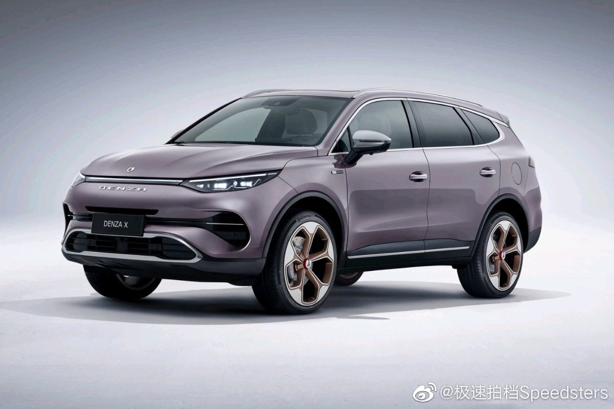 Denza, a car marque co-founded by Daimler AG and BYD in 2012, had originally been envisioned as a pure EV manufacturer. However, the company has only produced a single mini-sedan/saloon called the Denza 500 so far, which has sold a meager 1974 copies. Things may yet change with the yesterday's reveal of the Denza X.